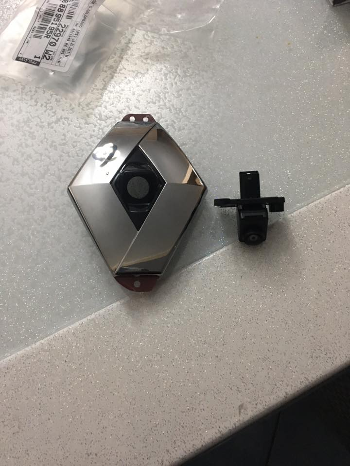 Schemi Elettrici Renault : Megane iv] installazione telecamera posteriore aftermarket